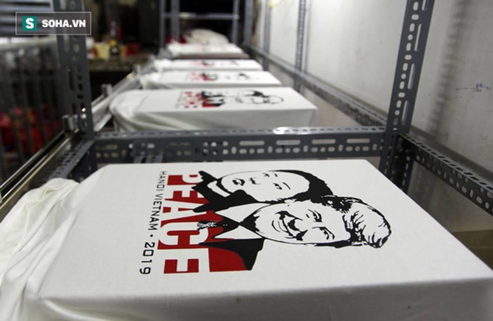 Kiếm chục triệu mỗi ngày nhờ bán áo in hình Donald Trump - Kim Jong Un-13