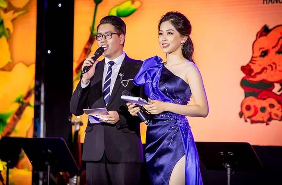Hoa hậu Tiểu Vy, Á hậu Phương Nga đốn tim fans với váy áo lộng lẫy-5