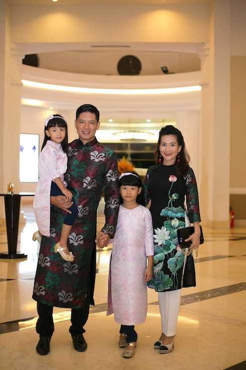 Bà xã Bình Minh bày tỏ bức xúc khi bà Lê Hoàng Diệp Thảo được khuyên nên lui về chăm sóc gia đình-5