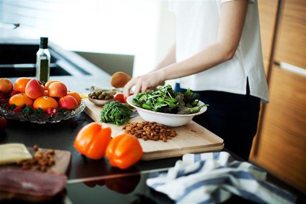 Ngoài giảm cân, chế độ ăn này còn có tác dụng hạ huyết áp, cải thiện sức khỏe tim mạch-2
