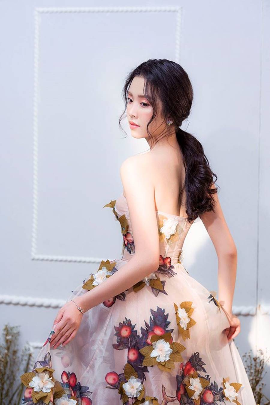 Á hậu Thuý An tái xuất xinh đẹp, hé lộ kế hoạch thi sắc đẹp quốc tế-1