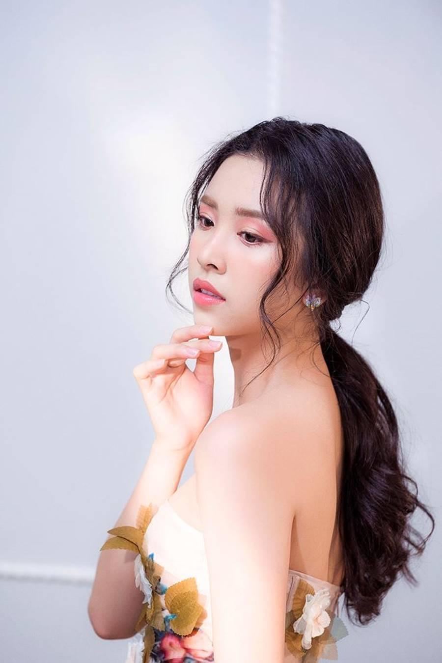 Á hậu Thuý An tái xuất xinh đẹp, hé lộ kế hoạch thi sắc đẹp quốc tế-2