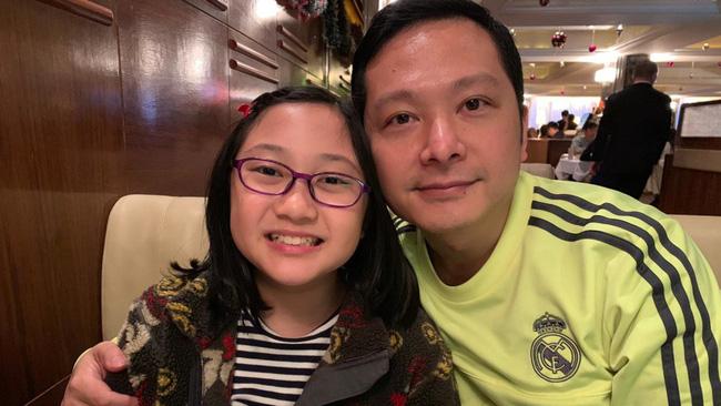 Không kèm con học bài, không ép con học thêm: Cựu diễn viên nổi tiếng TVB chia sẻ hàng loạt bí kíp nuôi dạy con chẳng giống ai khiến tất cả đều bất ngờ-1