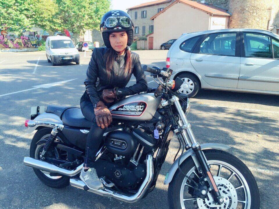 Nữ đại gia đất Cảng tặng chồng Harley-Davidson gần 1 tỷ-6