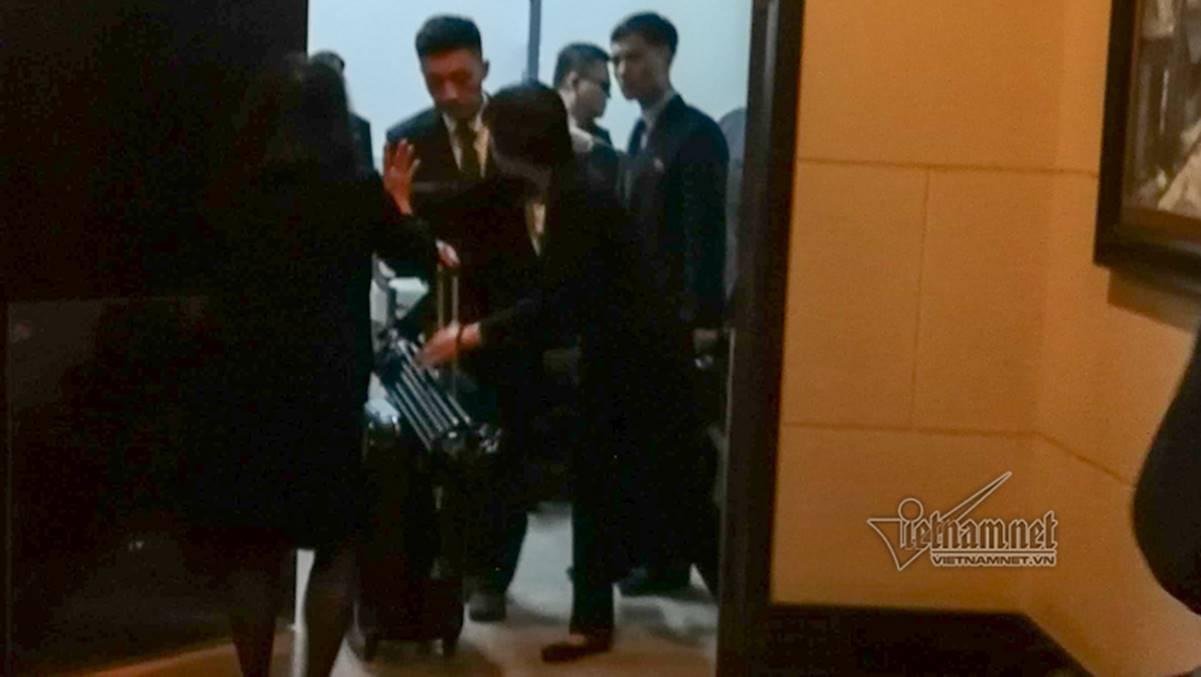 Đoàn tiền trạm Triều Tiên về khách sạn ở Hà Nội-8