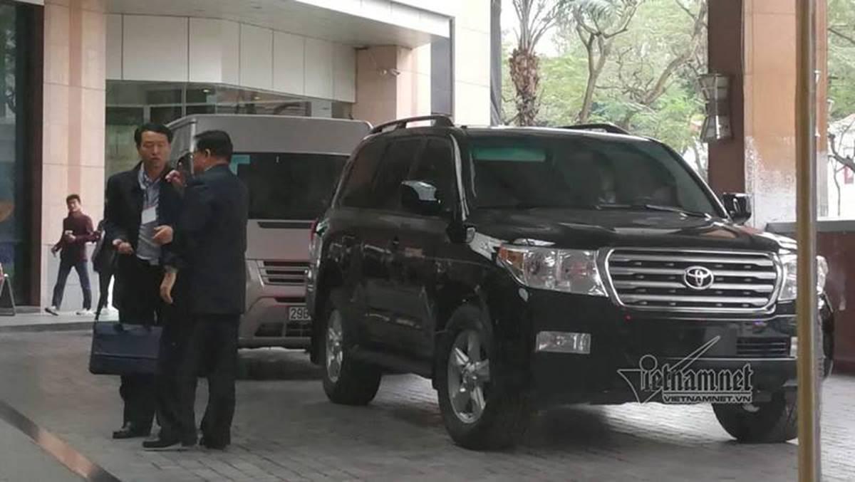 Đoàn tiền trạm Triều Tiên về khách sạn ở Hà Nội-3
