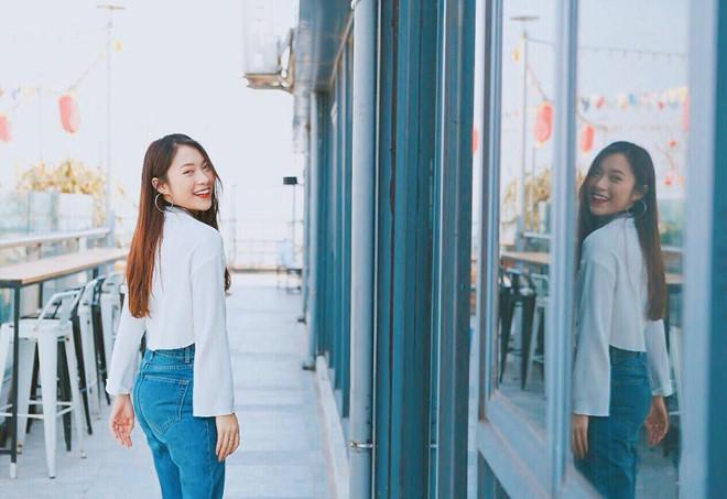 Khánh Vy bất ngờ diễn lại clip nói 7 thứ tiếng-1