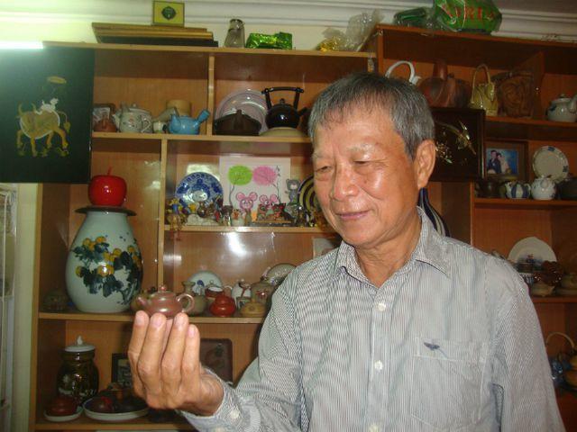 Bộ sưu tập ấm trà độc nhất vô nhị ở VN, có chiếc nhỏ xíu mà giá cả trăm triệu-12