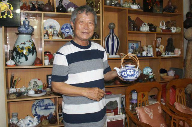 Bộ sưu tập ấm trà độc nhất vô nhị ở VN, có chiếc nhỏ xíu mà giá cả trăm triệu-14