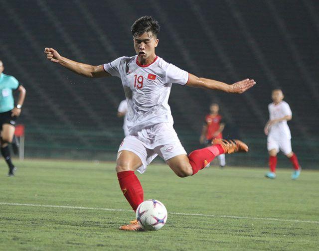HLV U22 Việt Nam giới thiệu 4 cầu thủ cho trợ lý Lee Young Jin-1