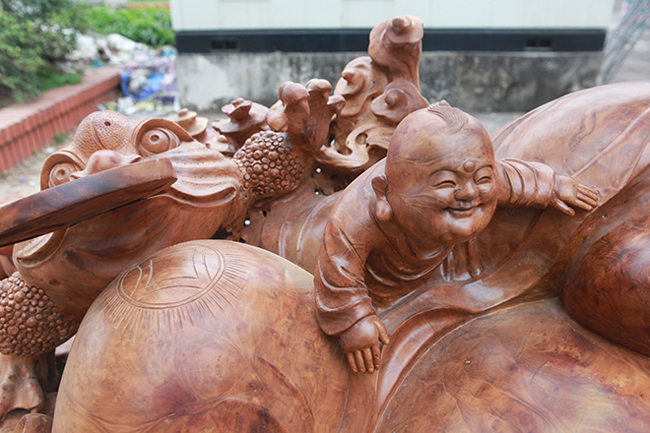 Tận thấy bộ ba tượng phật bằng gỗ quý giá gần 3 tỷ đồng-11