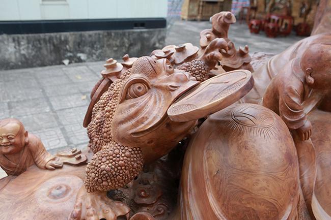 Tận thấy bộ ba tượng phật bằng gỗ quý giá gần 3 tỷ đồng-12