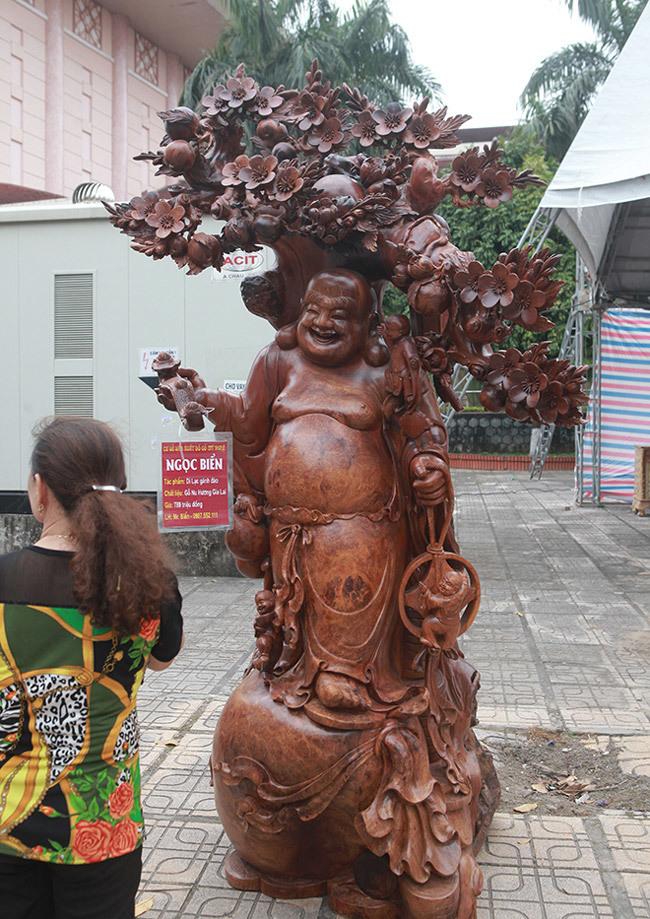 Tận thấy bộ ba tượng phật bằng gỗ quý giá gần 3 tỷ đồng-13