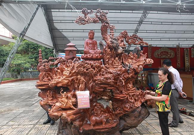 Tận thấy bộ ba tượng phật bằng gỗ quý giá gần 3 tỷ đồng-2