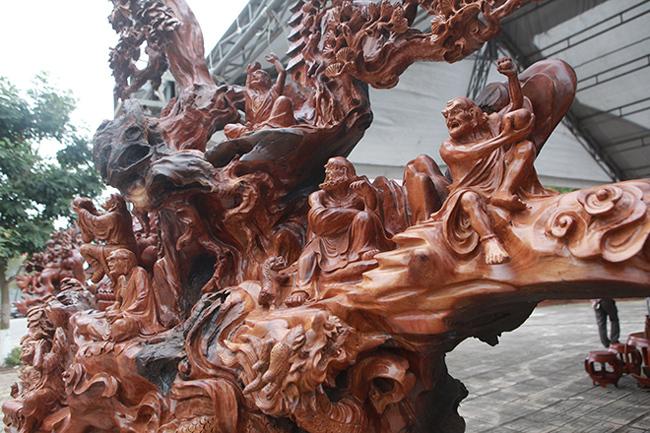Tận thấy bộ ba tượng phật bằng gỗ quý giá gần 3 tỷ đồng-7