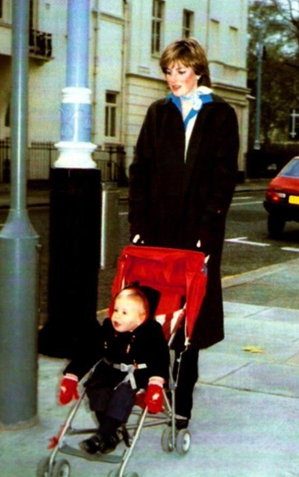 Thuê người trông trẻ, nữ doanh nhân chẳng ngờ cô gái kia vừa con nhà quý tộc, sau này còn trở thành Công nương danh giá nhất nước Anh-4