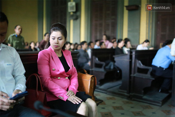 Ông Đặng Lê Nguyên Vũ: Gia đình đâu có thiếu tiền mà cô ấy phải đi làm khắp nơi, để rồi nuôi con 3 năm không lên một ký-1