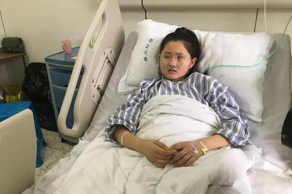 Cô bé 12 tuổi hôn mê bất tỉnh chỉ vì thói quen… nặn mụn mà rất nhiều phụ nữ thường làm-5