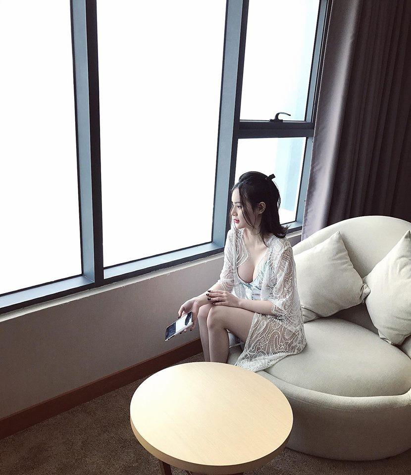 Xinh đẹp, nóng bỏng vượt mặt chị chính là ba cô em gái của Mai Phương Thúy, Nhã Phương, Angela Phương Trinh-15
