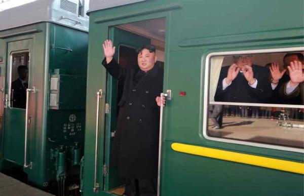 Đoàn tàu siêu kiên cố của ông Kim vừa đến Việt Nam: Đạn xuyên giáp bắn không thủng, thách thức cả bom, mìn-2