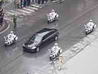 Xe chống đạn của ông Kim Jong Un lăn bánh trên đường phố Hà Nội