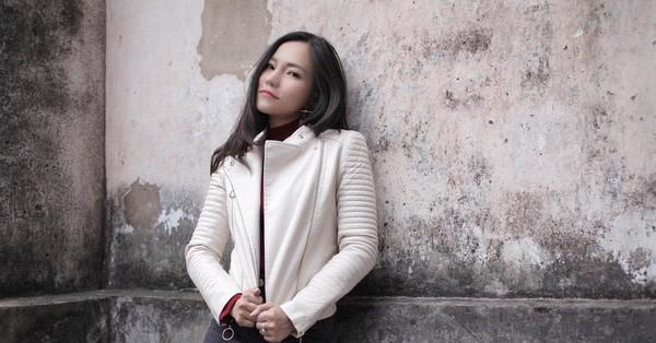 Khác biệt ứng xử giữa Lý Phương Châu và Linh Chi: Người xin lỗi vì làm liên lụy đến đoàn phim, kẻ thản nhiên lên mạng khoe tiền-1
