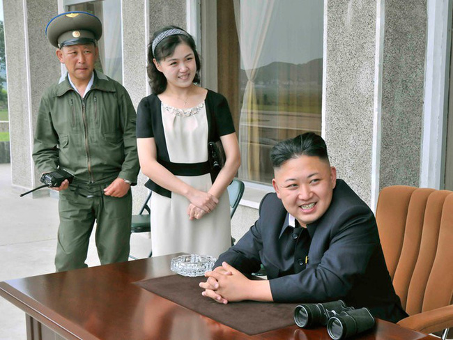 Những tiết lộ hiếm hoi về 3 người con của ông Kim Jong-un và người vợ xinh đẹp-1