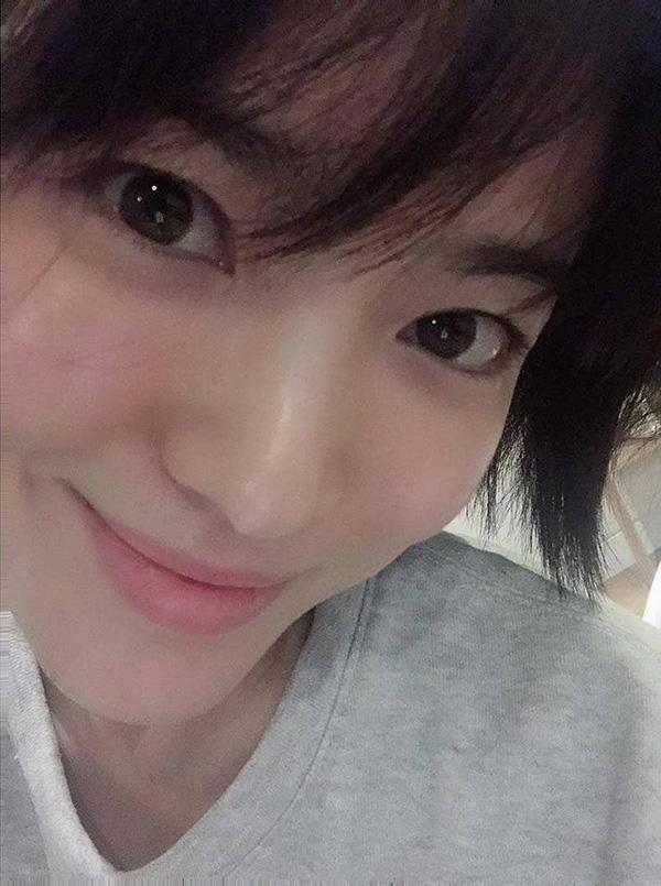 Shock trước hình ảnh soi kỹ làn da của Song Hye Kyo, ai nấy đều chẳng nói nên lời bởi...-8