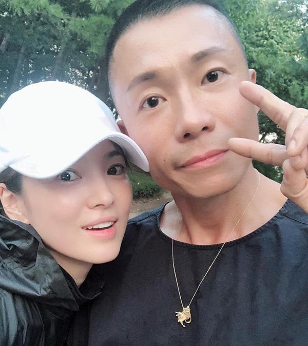 Shock trước hình ảnh soi kỹ làn da của Song Hye Kyo, ai nấy đều chẳng nói nên lời bởi...-9
