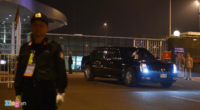 Tổng thống Trump cảm ơn Việt Nam sau khi đặt chân tới Hà Nội-10