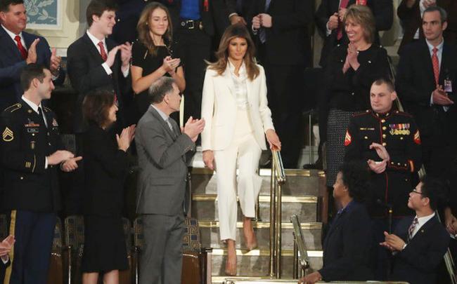 Vẻ đẹp mặn mà, quyến rũ của vợ Tổng thống Trump từng là siêu mẫu đắt giá-10