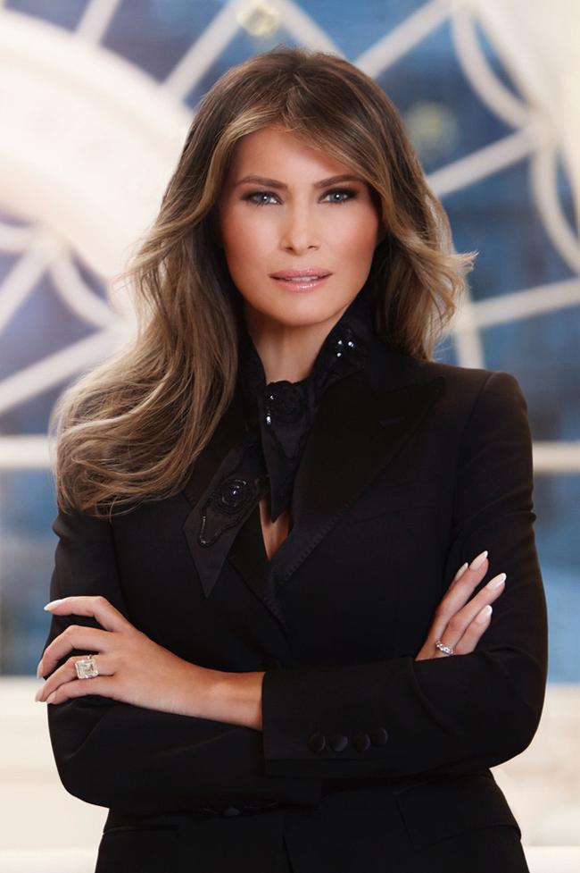 Vẻ đẹp mặn mà, quyến rũ của vợ Tổng thống Trump từng là siêu mẫu đắt giá-11