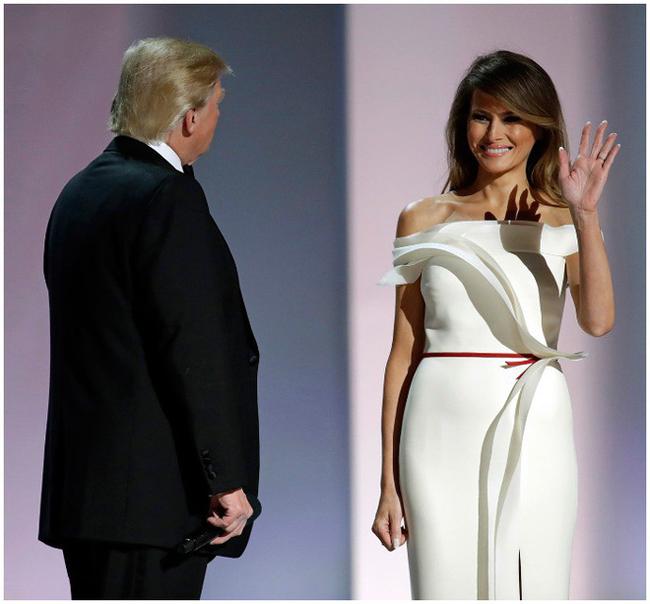 Vẻ đẹp mặn mà, quyến rũ của vợ Tổng thống Trump từng là siêu mẫu đắt giá-9