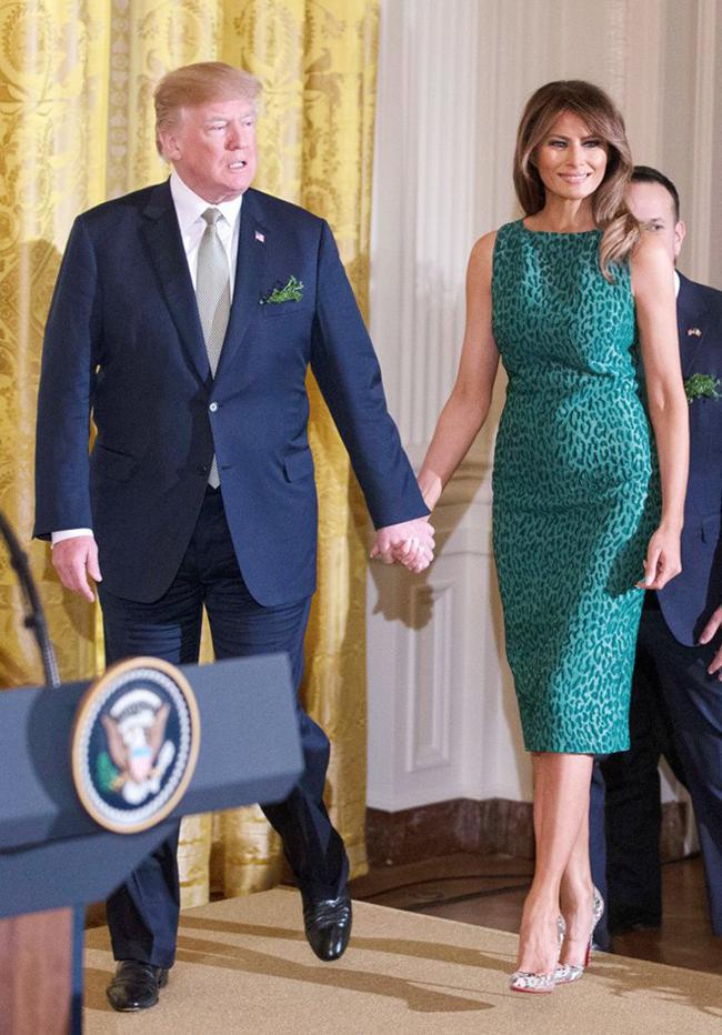 Vẻ đẹp mặn mà, quyến rũ của vợ Tổng thống Trump từng là siêu mẫu đắt giá-13