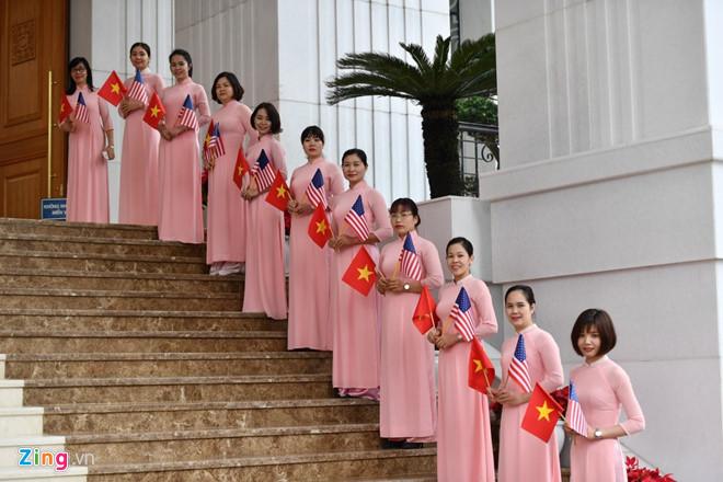 Thủ tướng Nguyễn Xuân Phúc hội kiến Tổng thống Trump-26