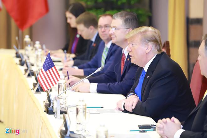 Thủ tướng Nguyễn Xuân Phúc hội kiến Tổng thống Trump-15