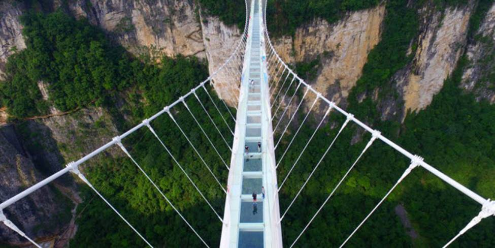 Việt Nam góp 2 đại diện trong top những cây cầu đáng sợ nhất thế giới-3