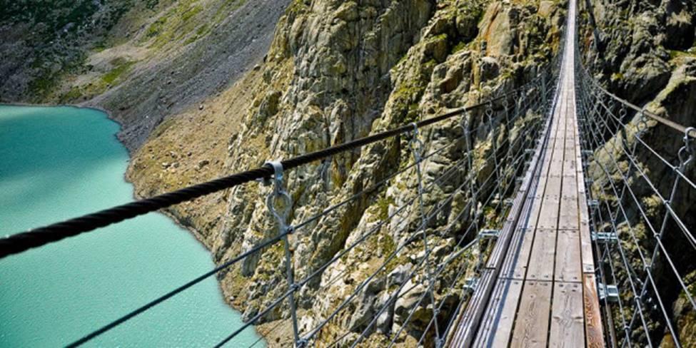 Việt Nam góp 2 đại diện trong top những cây cầu đáng sợ nhất thế giới-16