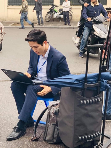Đừng vội rụng trứng vì cực phẩm phóng viên xứ Hàn, dàn nhà báo Việt Nam thậm chí còn bảnh hơn nhiều-1