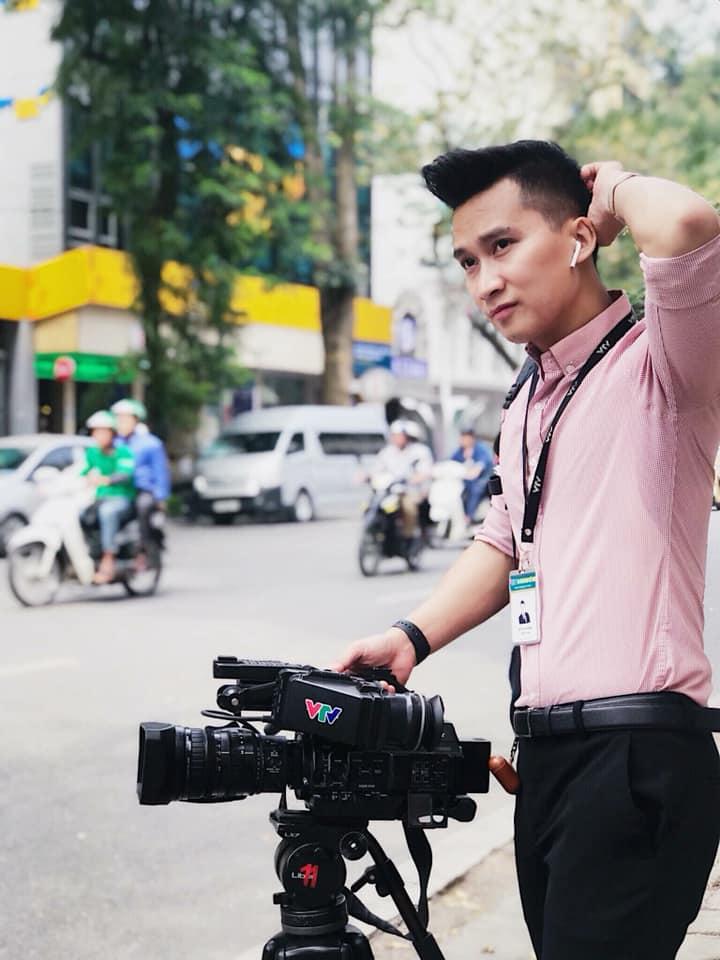 Đừng vội rụng trứng vì cực phẩm phóng viên xứ Hàn, dàn nhà báo Việt Nam thậm chí còn bảnh hơn nhiều-2