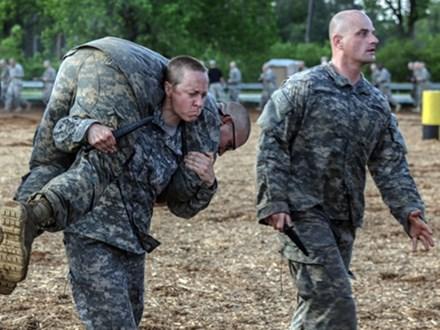 Vén màn khả năng thực chiến của lính Mỹ: Thân thủ nhanh kinh hoàng, một đấm hạ đệ nhất võ thuật Trung Quốc