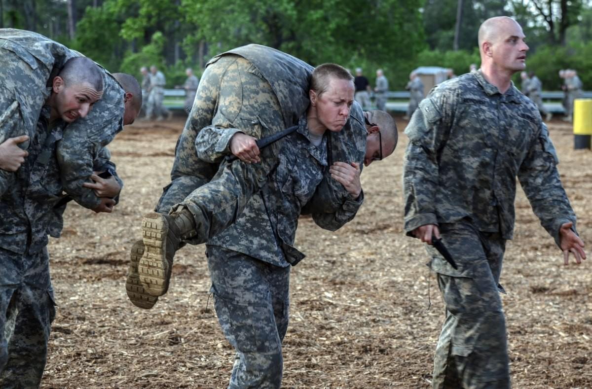 Vén màn khả năng thực chiến của lính Mỹ: Thân thủ nhanh kinh hoàng, một đấm hạ đệ nhất võ thuật Trung Quốc-3