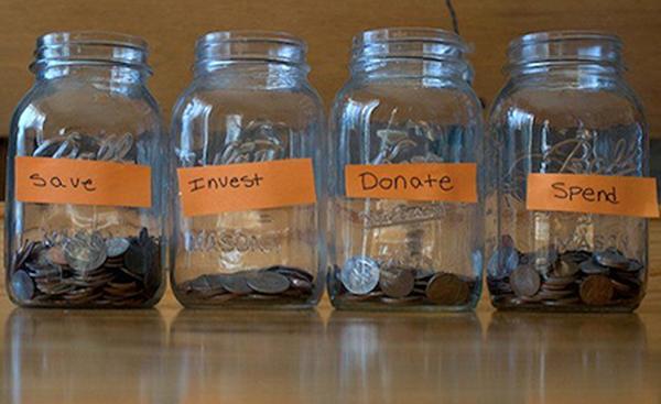 Tiền nhiều để làm gì và cách dạy con tiêu tiền từ lúc lên 3-2