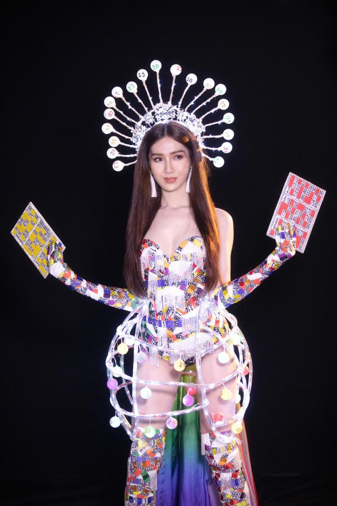 Trang phục gợi cảm, gây tranh cãi của đại diện Việt Nam tại Hoa hậu Chuyển giới-4