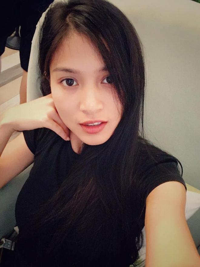 Johnny Trí Nguyễn xuống sắc thảm hại trong khi bạn gái Nhung Kate ngày càng lên hương-7