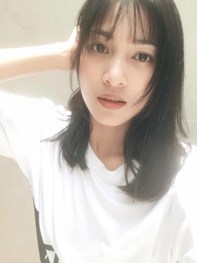 Johnny Trí Nguyễn xuống sắc thảm hại trong khi bạn gái Nhung Kate ngày càng lên hương-8