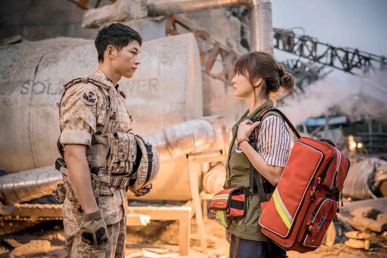 Những khoảnh khắc đẹp đến tan chảy của Song Joong Ki - Song Hye Kyo-1