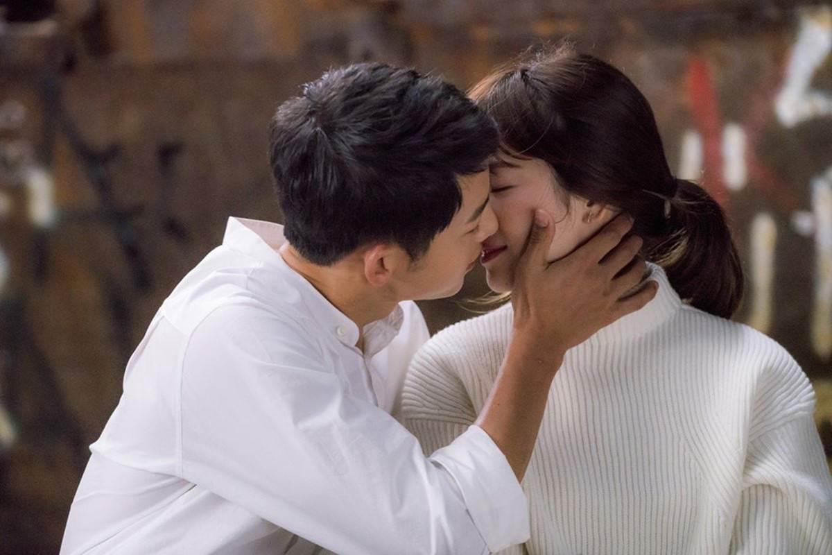 Những khoảnh khắc đẹp đến tan chảy của Song Joong Ki - Song Hye Kyo-2