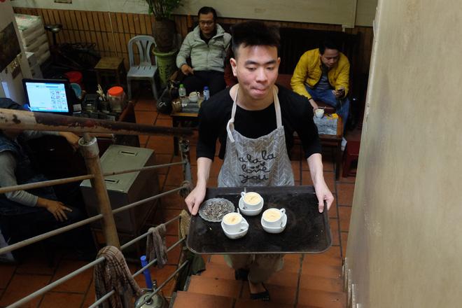 Chủ cafe Giảng: Khách đông khủng khiếp, không tính nổi bán bao nhiêu cốc đợt thượng đỉnh-7