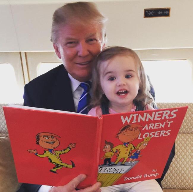 Sau quý tử út, đến lượt dàn cháu xinh như thiên thần của Tổng thống Trump gây sốt, nổi trội nhất là 3 đứa trẻ bên ngoại-14